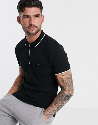 New Look tipped polo with zip detail in black