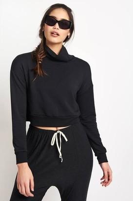 Beyond Yoga Black All Time Cropped Turtleneck Sweatshirt - M - Black