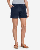 "Eddie Bauer Women's Slightly Curvy Poplin 5"" Shorts - Stripe"