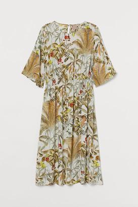 H&M H&M+ Calf-length Dress