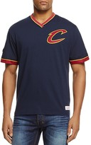 Mitchell & Ness Cleveland Cavaliers Vintage NBA V-Neck Tee