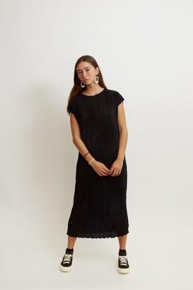 MK2UK - Pleated Slouchy Round Neck Dress - One Size