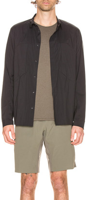 Veilance Demlo Overshirt in Black | FWRD