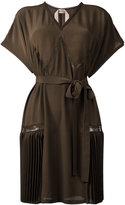 No.21 pleat detail shift dress