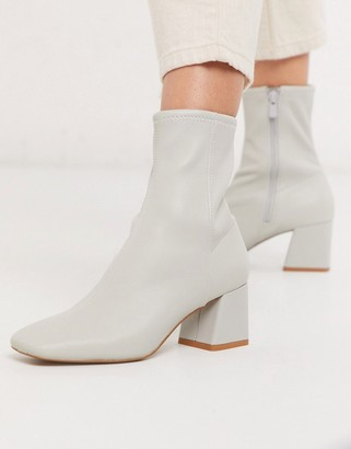 And other stories & leather almond toe mid-heel ankle boots in light grey