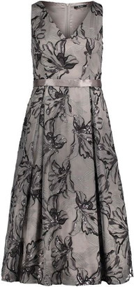 Vera Mont Embroidered midi dress