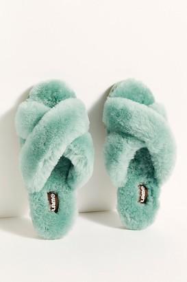 Lamo Sheepskin, Inc. Callie Crossband Slippers