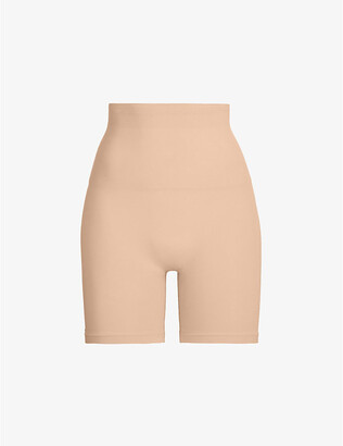 SKIMS Ladies Beige Kim Kardashian West Core Cont Mid Thigh Short, Size: XXS/XS