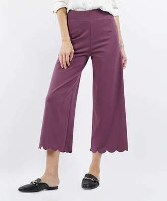 Lydiane Women's Casual Pants EGGPLANT - Eggplant Scallop-Hem High-Rise Crop Pants - Plus