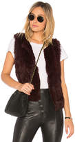 525 America Basic Fur Vest in Burgundy. - size L (also in M,S,XS)
