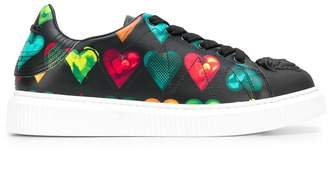 Versace heart print low top sneakers