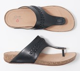 Clarks Leather Thong Sandals - Un Perri Vibe