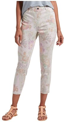 Hue Pastel Floral Ultra Soft Denim High-Waist Capris (White Floral) Women's Jeans