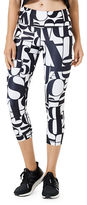 MPG Dare Lettering-Print Capri Leggings