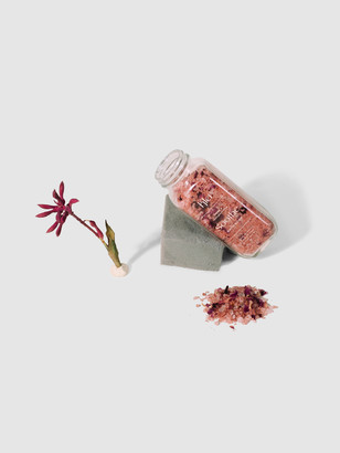 Klei Beauty Rose & Coconut Milk Soothe Bath Soak