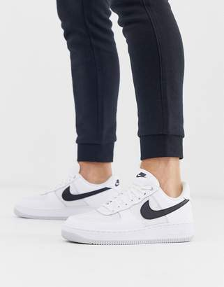 Nike Force 1 '07 LV8 trainers in white