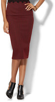 New York & Co. 7th Avenue Design Studio - Knit Pencil Skirt - Red - Petite