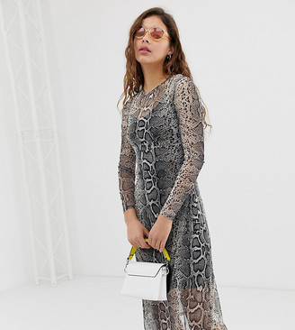 New Look mesh midi dress in animal print-Grey