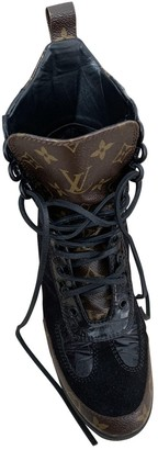 Louis Vuitton Laureate ankle Black Suede Ankle boots