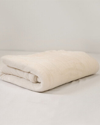 Sensorpedic Ivory Warming Blanket With Two Digital Controllers