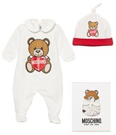 Moschino Kid-Teen White Bear and Heart Print Babygrow and Hat Gift Set