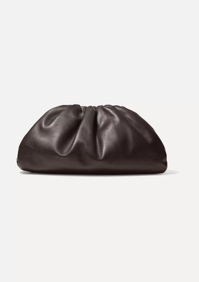 Bottega Veneta The Pouch Leather Clutch - Brown