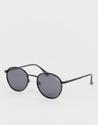 Quay Omen round polarised sunglasses in black