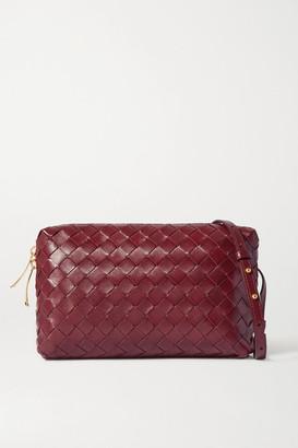 Bottega Veneta Intrecciato Leather Shoulder Bag - Burgundy