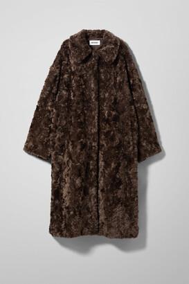 Weekday Camille Faux Fur Coat - Brown