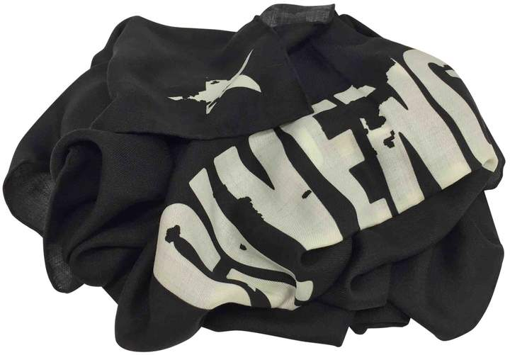 Givenchy Wool stole