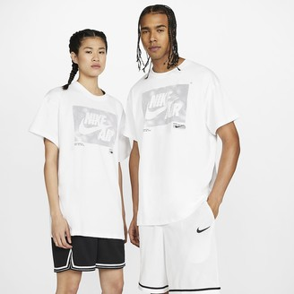 Nike Basketball T-Shirt Futura