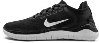 Nike Wmns Free RN 2018 Shoes - Size 6W