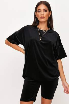I SAW IT FIRST Black Velvet T-Shirt And Cycling Shorts Set