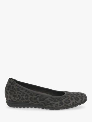 Gabor Splash Wide Fit Suede Leopard Print Pumps, Grey