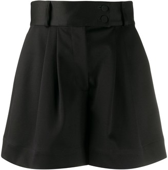 Styland Wide-Leg Pleated Shorts