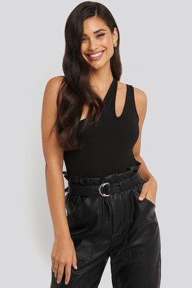 NA-KD One Shoulder Cut Out Body