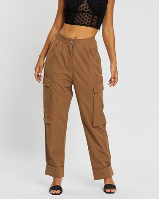 Missguided Pleat Front Turn Up Hem Cargo Trousers