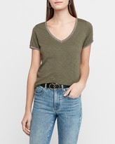 Express Metallic Tipped Slub V-Neck T-Shirt