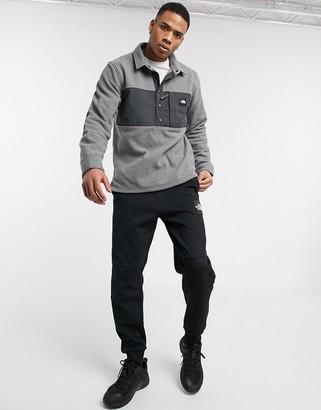 The North Face Davenport pullover fleece in gray