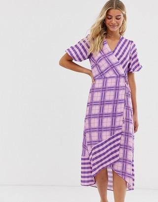 Miss Selfridge wrap midi dress in lilac check-Purple