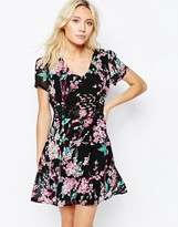 Yumi Floral Dress With Tie Back