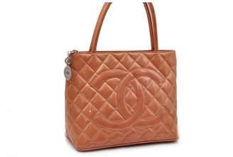 Chanel Medaillon Orange Patent leather Handbags