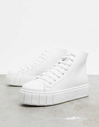 ASOS DESIGN Dewy chunky hi top trainers in white