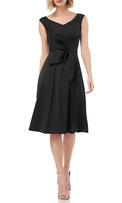 Kay Unger New York V-Neck Sleeveless Mikado Cocktail Dress w/ 3D Bow Detail