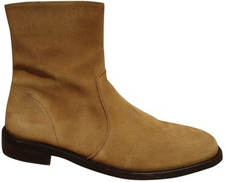 A.P.C. Camel Suede Boots