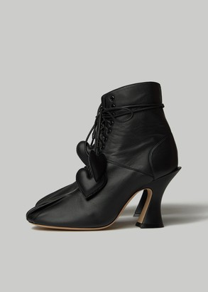 Lanvin Women's Laced Ankle Boot in Black Size 37