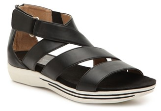 Adrienne Vittadini Cindi Wedge Sandal