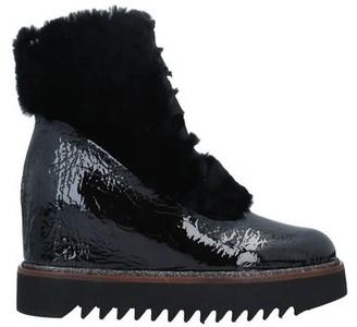 BELLE VIE Ankle boots