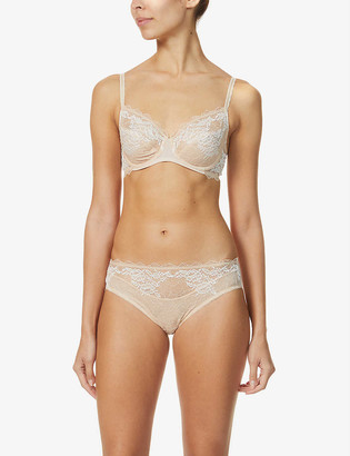 Wacoal Lace Perfection stretch-lace underwired bra