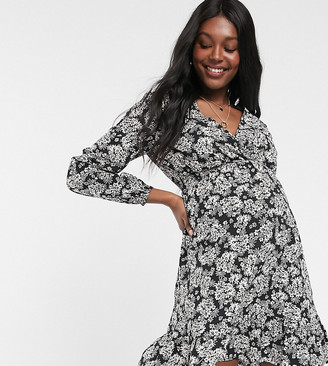 New Look Maternity long sleeved mini dress in black floral